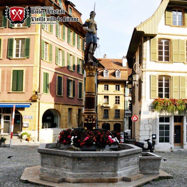 Gerechtigkeitsbrunnen auf dem Burgplatz
