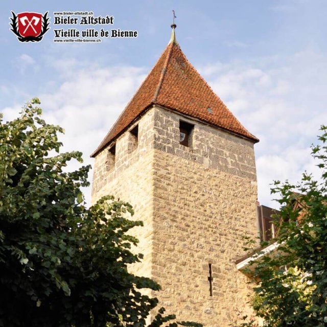 Viereckige Turm